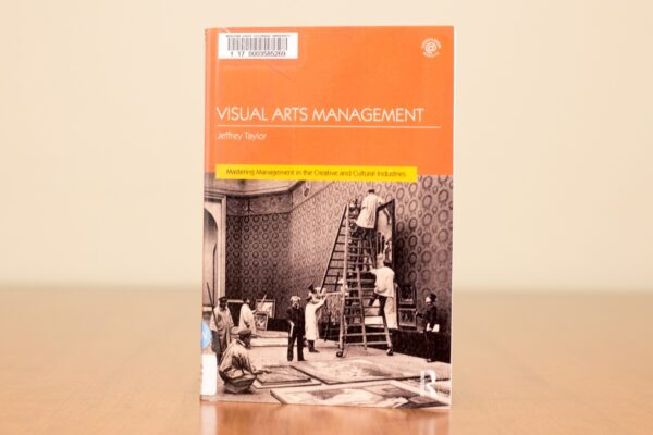 MGES professor publishes textbook on art business