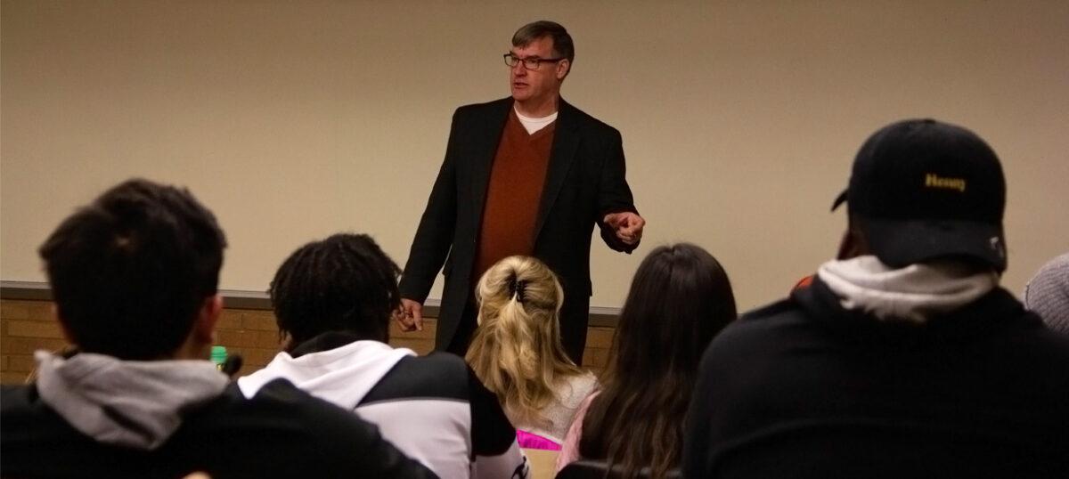 Author, accomplished sociologist Jay MacLeod visits Western