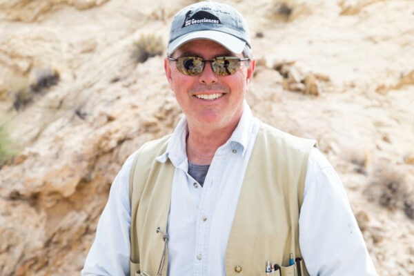 Western's Brad Burton: 2020 Inspirational Geoscience Educator Award