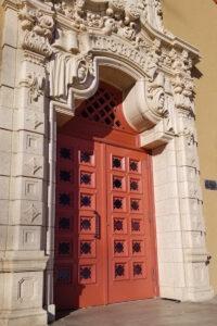 Savage Library Entrance