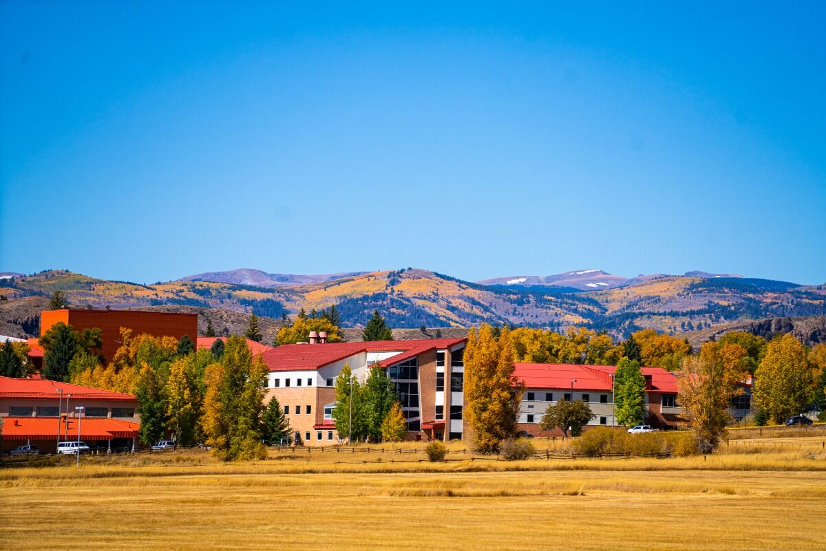 colleges in the mountains